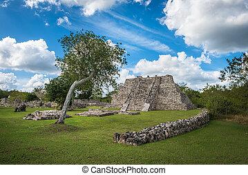 Mayapan ancient ruins, Yucatan, Mexico
