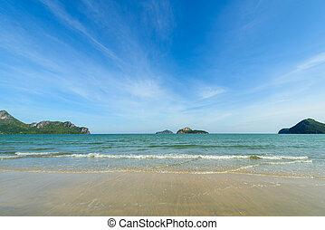 The bay of Ao Manao beach at Prachuap Khiri Khan, Thailand -...