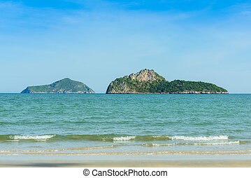 The bay of Ao Manao beach at Prachuap Khiri Khan, Thailand -...