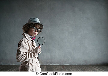 Sherlock - Little boy with magnifying glass