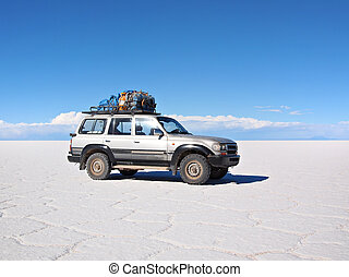 4wd expedition vehicle on the Salar - 4wd expedition vehicle...