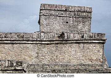 Pyramid El Castillo (The Castle) in Tulum - Ancient Mayan...