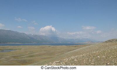 Mountain lake Khoton Nuur in Mongol - Khoton Nuur lake (...