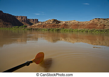 Paddle in a desert river