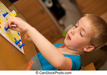niño, juegos, joven,  ludo, juego, tabla,  Livingroom