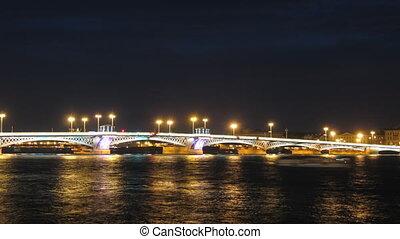 Blagoveshensky bridge over Neva river in St Petersburg...