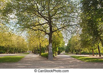 Sculpture in Park de Bruxelles,Warandepar, - the largest...