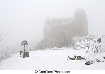 Winter ruin with snow - Snow and frost in the evening at the...