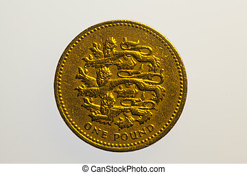 One pound coin reverse