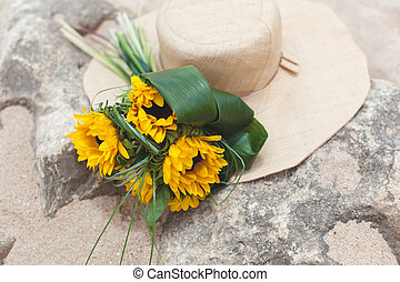 Bouquet of sunflowers and straw - Bouquet of sunflowers and...