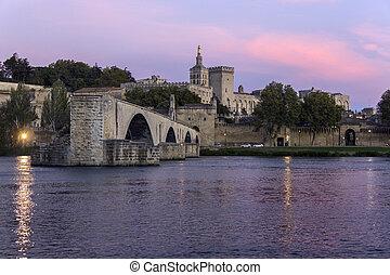 Pont d'Avignon - Avignon - France - Dusk over the Pont...