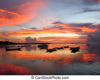 Colorful sunset in Nusa Lembongan on indonesia