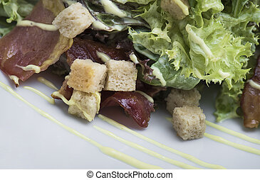 caesar salad with chicken and bacon (12)close up shot