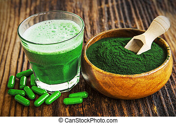 Spirulina powder and smoothie - Spirulina smoothie, powder...