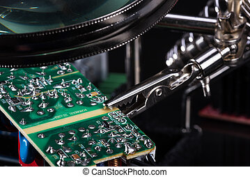 Electronic circuit board assembly