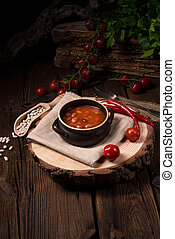 beans with piquant Tomato sauce
