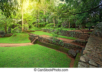 Sigiriya archaeological site - Ruins of ancient palace...