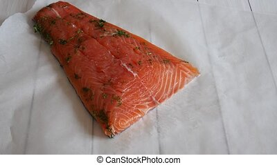 Slicing of salted salmon