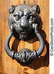 Decorative door knocker - Lion head - vintage iron door...