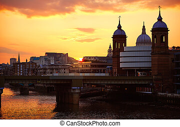 London sunset at Thames with St Paul Pauls
