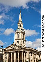 London Trafalgar Square St Martin church of UK England