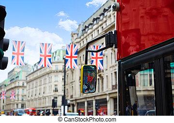 London Regent Street W1 Westminster in UK - London bus...