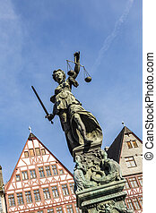lady justice under blue sky - lady justice at the roemerberg...