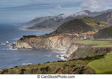 Pacific Ocean Coastline and Bixby Creek Bridge, Big Sur, Central Coast, California, USA