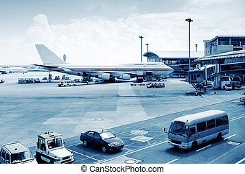 Busy airport pictures