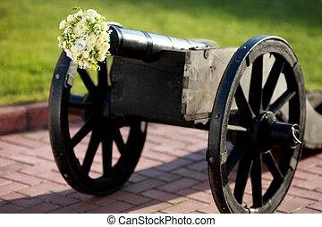 loaded gun wedding bouquets