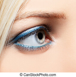 eye-zone make-up