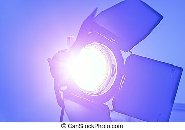 Video Making Reflector. Tungsten Light For Video and Film...