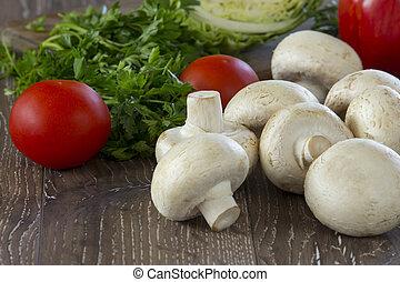edible raw mushrooms