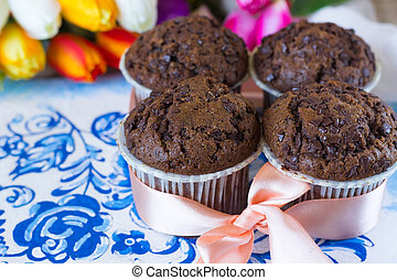 Gift chocolate muffins - Chocolate muffins on the board...