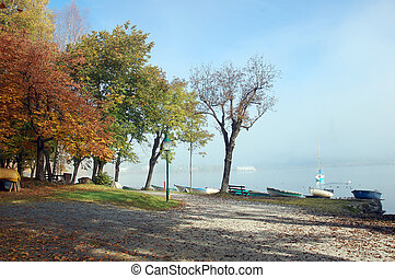 Fall at Zell am See in Austria - Fog over Lake of Zell am...