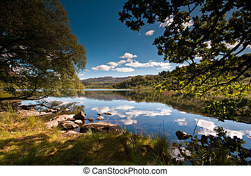 Llyn Dinas - The stunning Llyn Dinas in Snowdonia National...