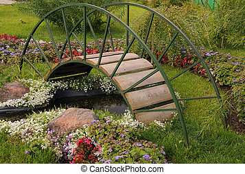 Garden Arched Bridge - Garden arched bridge, little...