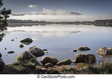 Misty Loch Garten in the Cairngorms. - Misty Loch Garten in...