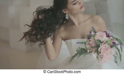 Portrait of bride with bouquet - Portrait of beautiful young...