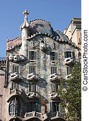 Casa Battlo - Beautiful modernisme architecture by Antoni...