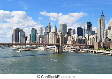 Manhattan at sunny day. - Manhattan skyline with Brooklyn...