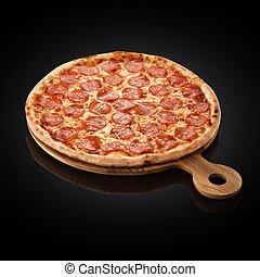 Pizza pepperoni, mozzarella, oregano