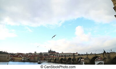 Charles Bridge and Prague castle - Beautiful Prague in...