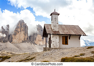 Tre Cime di Lavaredo - chapel at the Tre Cime di Lavaredo -...