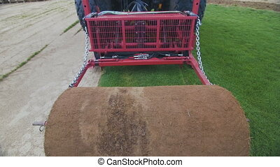 Turf Harvester Machine Roll Up Lawn - Turf Harvester Roll Up...