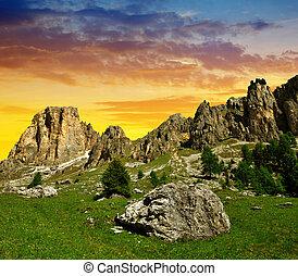 Valle del Vajolet in Dolomites,Italien Alps - Beautiful...