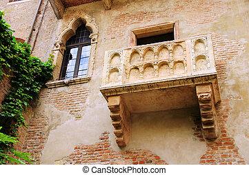 Verona Balcony 01