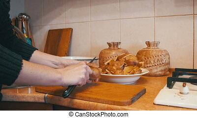 Peeling Potatoes in the Home Kitchen - Peeling Potatoes in...