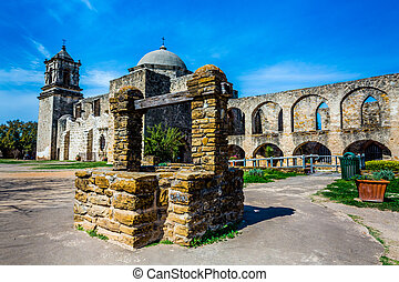 Spanish Mission San Jose, Texas - The Historic Old West...