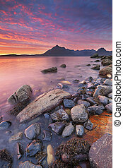 Spectacular sunset at the Elgol beach, Isle of Skye,...